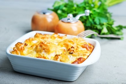 Cauliflower with cheese bake